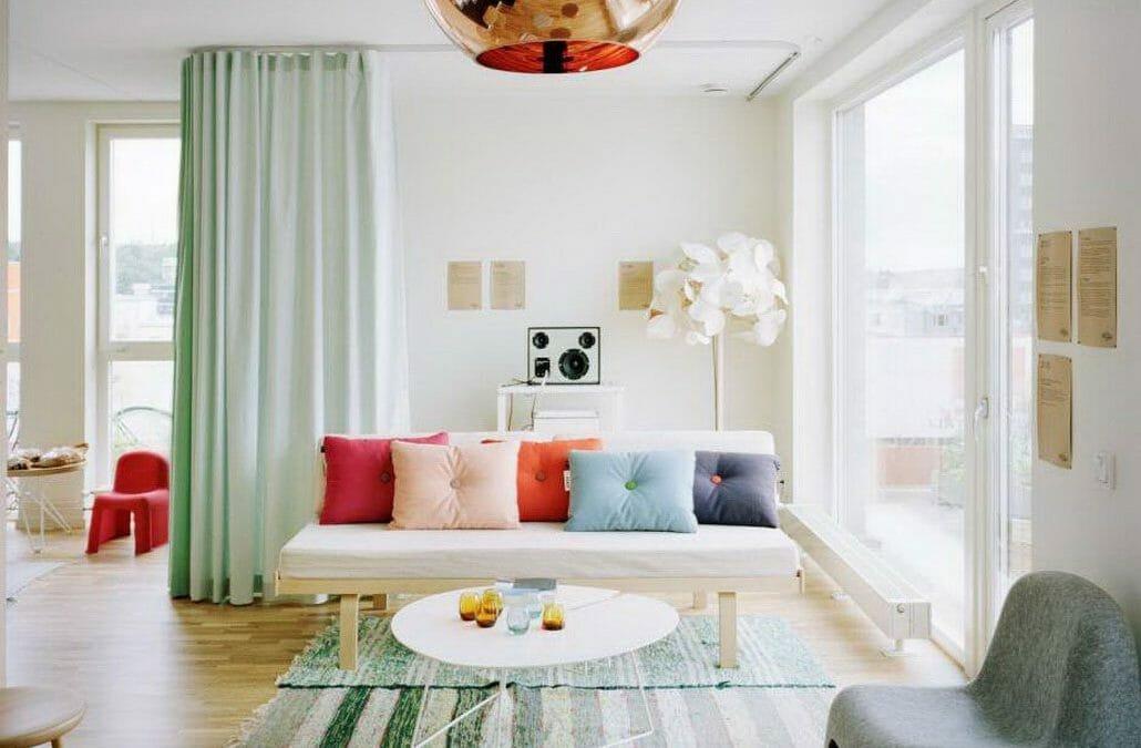 High ceiling curtain for modern studio apartment decor