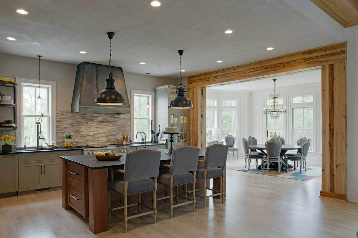 Modern Rustic kitchen by one of the best savannah ga interior designers - curry salandi