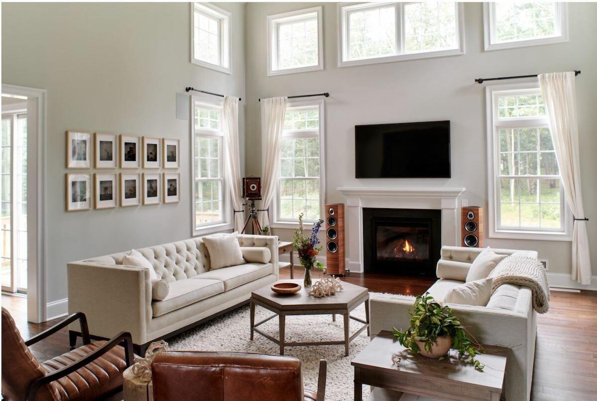 Modern farmhouse decor for a neutral greatroom