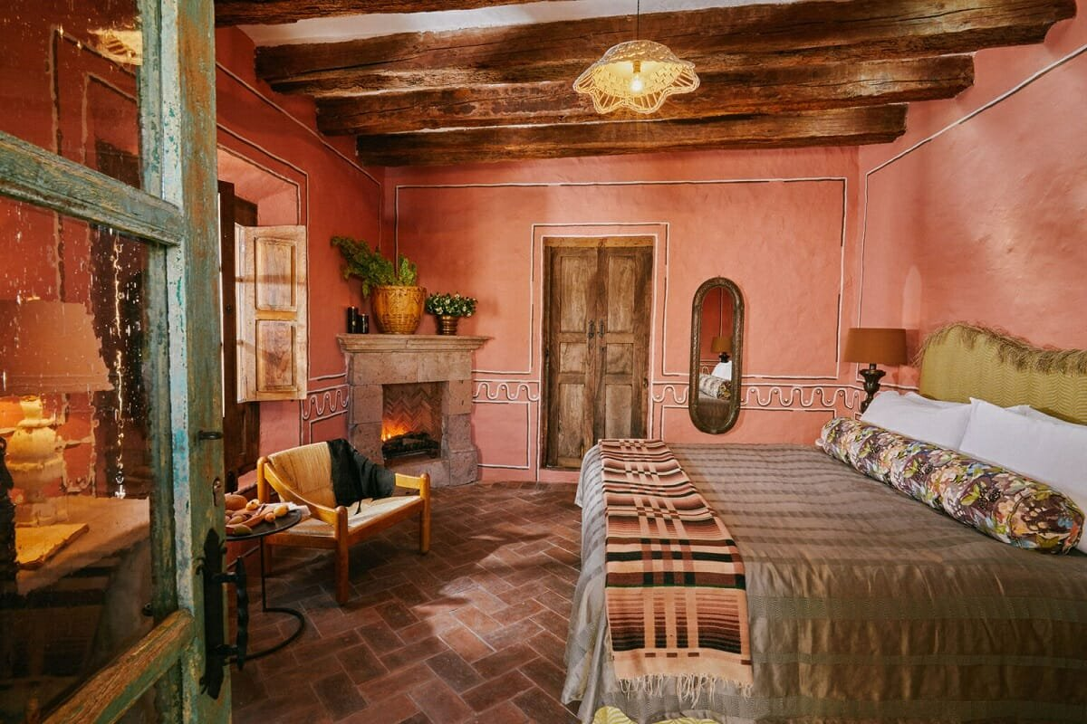 Mediterranean hotel interior design - Meson