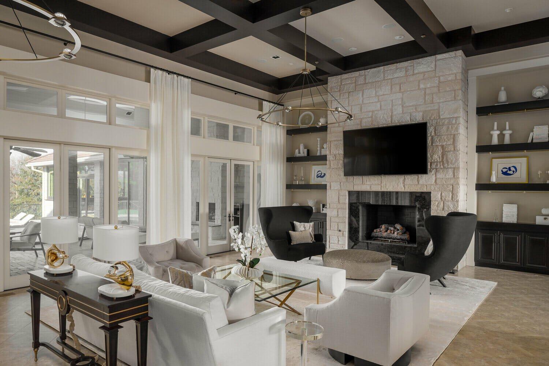 Top oklahoma interior designers - traditional living room