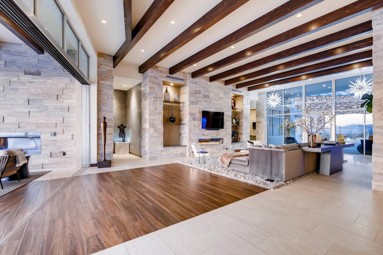 Ecstatic living room decor by top interior decorator, Sue Conboy