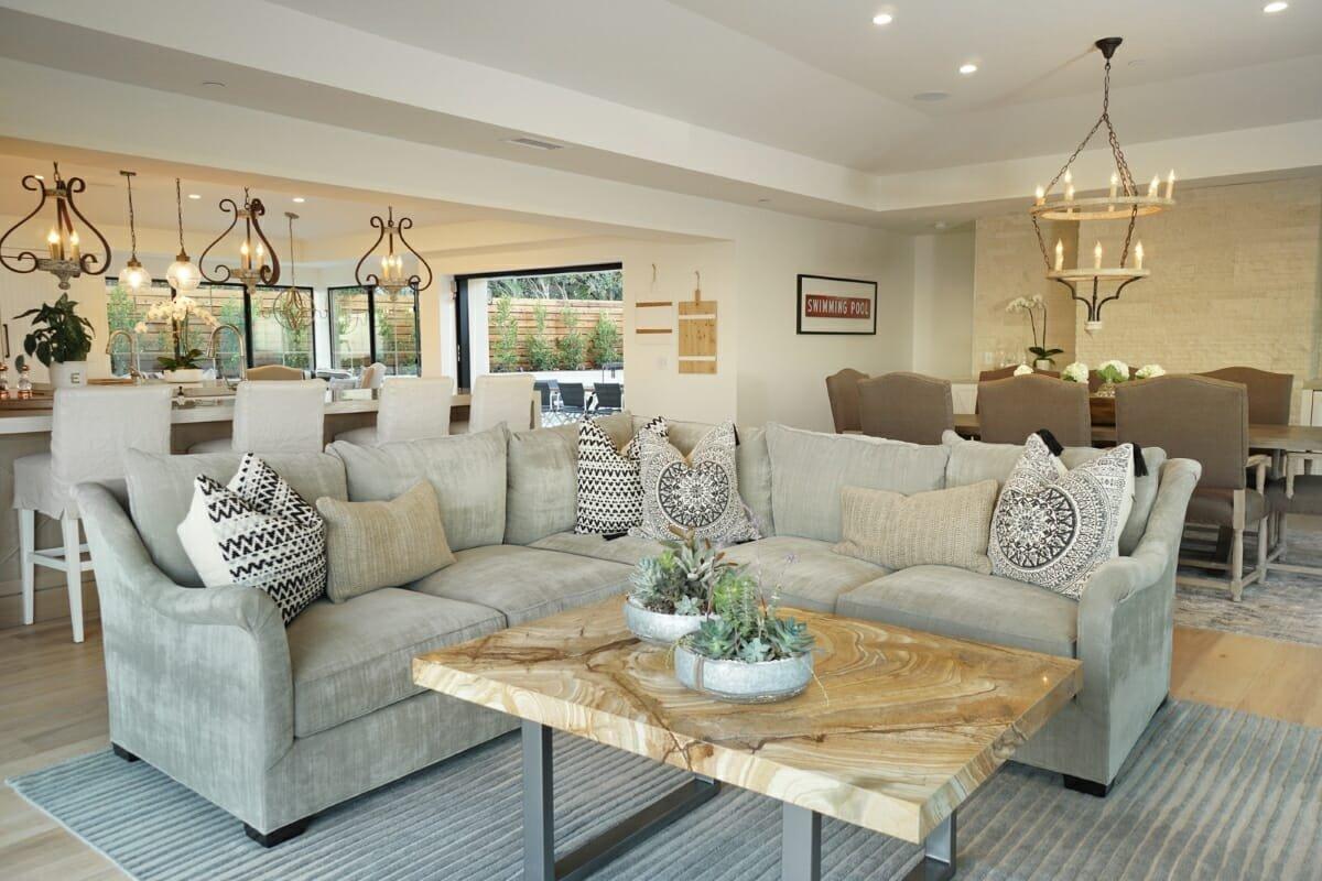 Find an interior designer Lindsay Olson