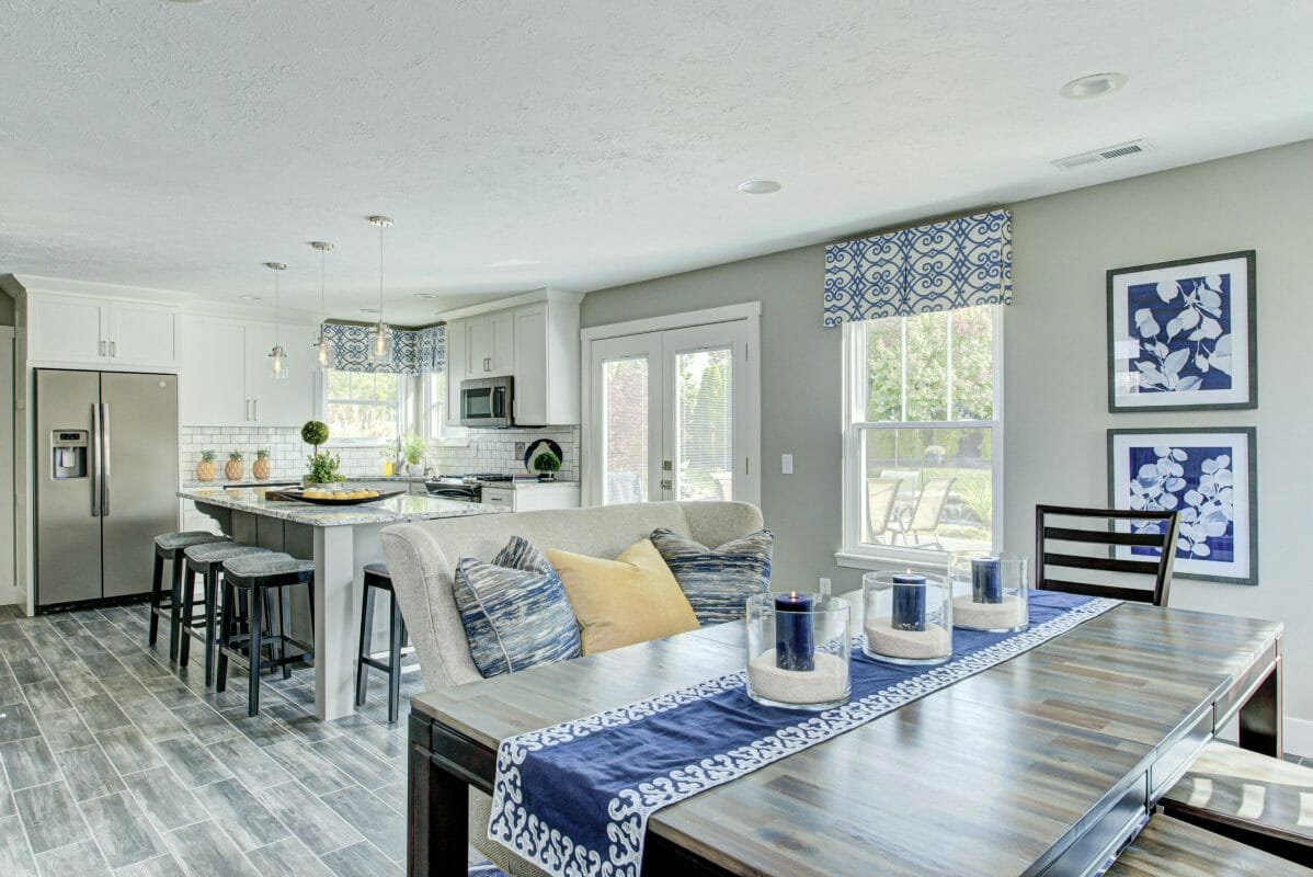 Modern transitional living room by Indianpolis interior design firm, R Perry Clark