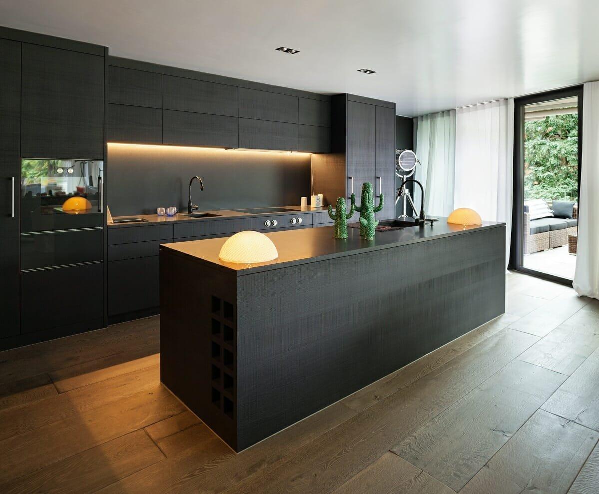 black kitchen cabinet color ideas - Amelia R