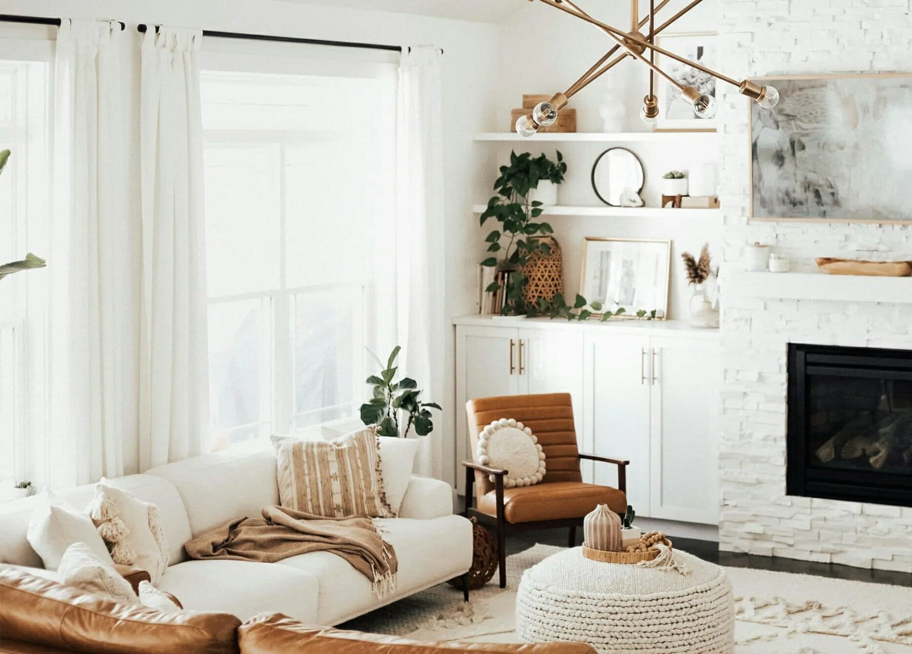 Cozy Bohemian interior design living room - Article