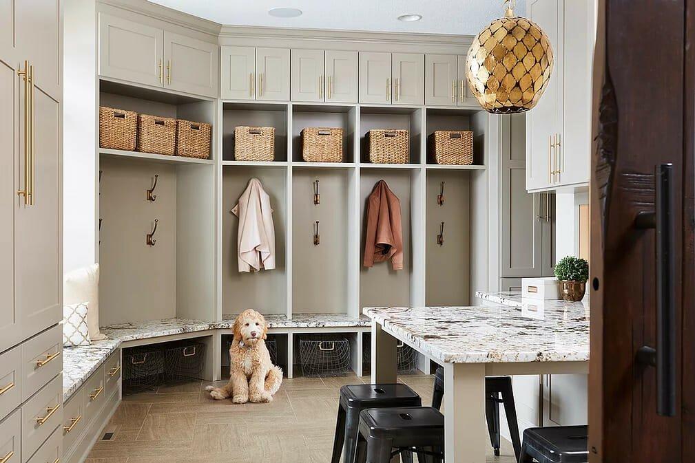 Find an interior designer Molly Howe