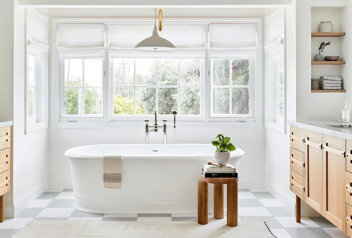 Hire an interior designer Julia Miller