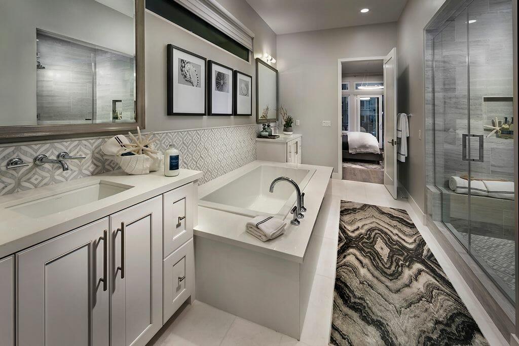 Luxury bathroom interior designers - Decorilla
