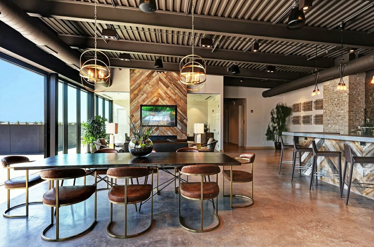 Manly house decor for an open plan dining and living room - Wanda P.