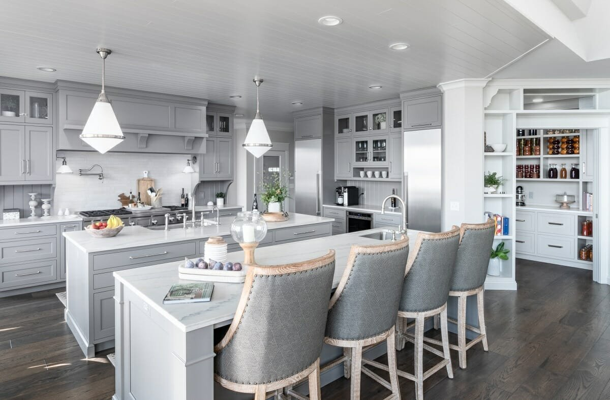 Double kitchen island as part of 2022 trends - krishman