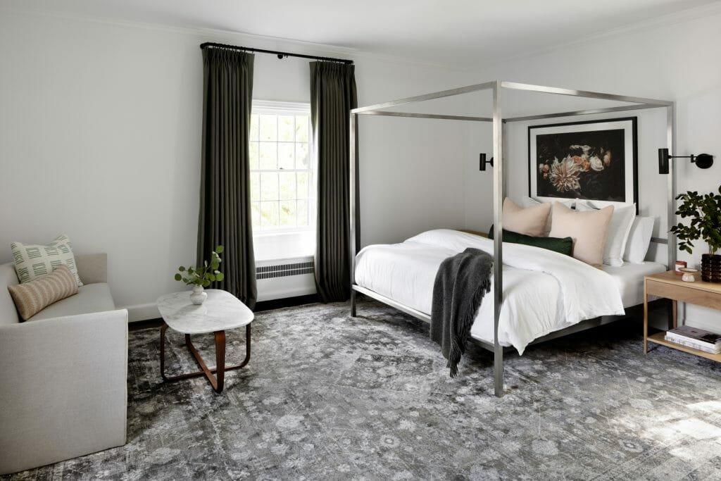 Chic bedroom by top interior decorator, Elizabeth Lawson