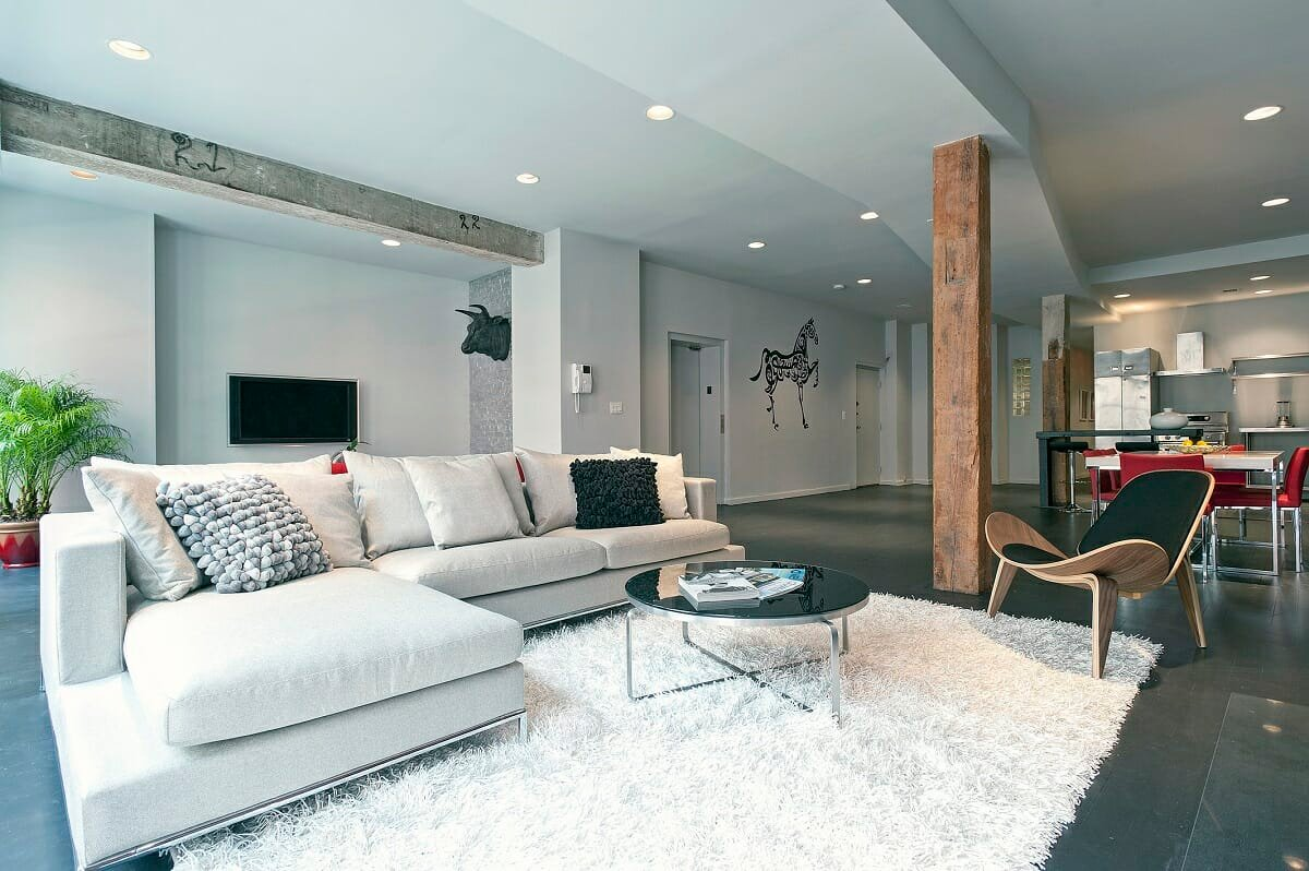How to choose a rug for a dark room - Joyce T.